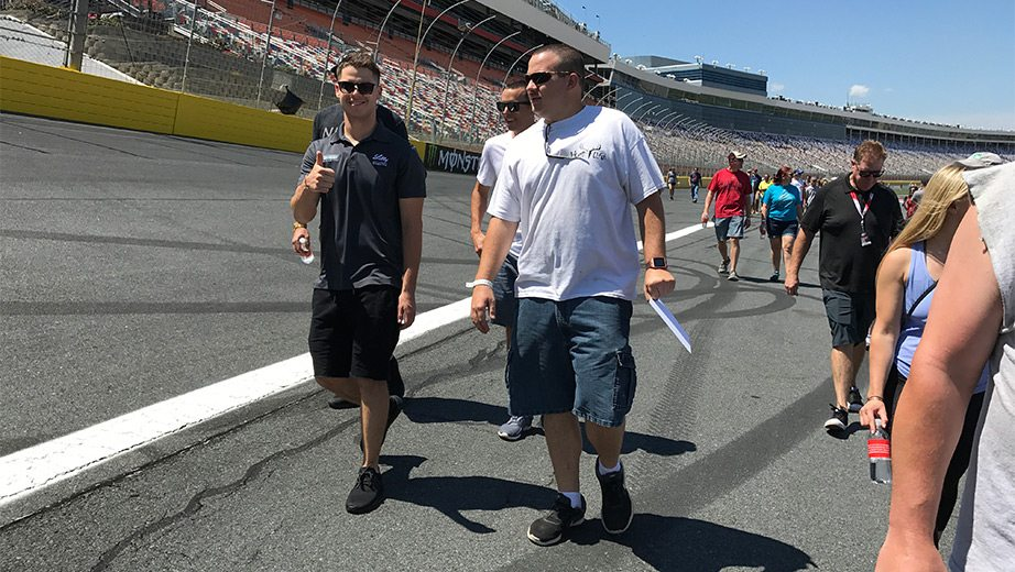 Kelly Ford Gander >> NASCAR Fit Row: Reed takes center at Lilly's Track Walk