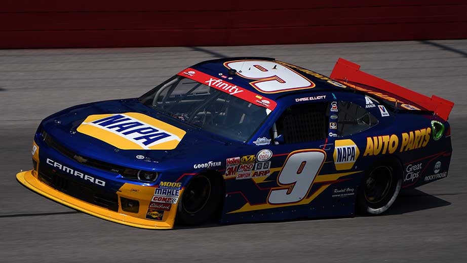 [Image: chase-elliott-bill-elliott-talk-9-car.jpg]