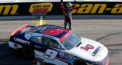 William Byron charges into XFINITY title race with Phoenix win
