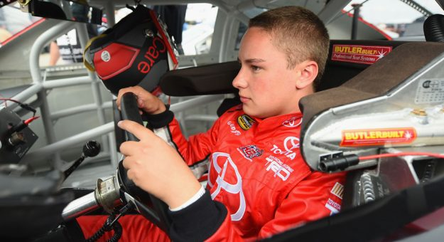 Bell returns to dirt roots at Eldora | Official Site Of NASCAR