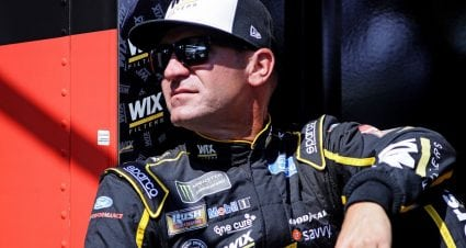 Bowyer leads fast Fords in first Daytona practice; rain wipes out final practice