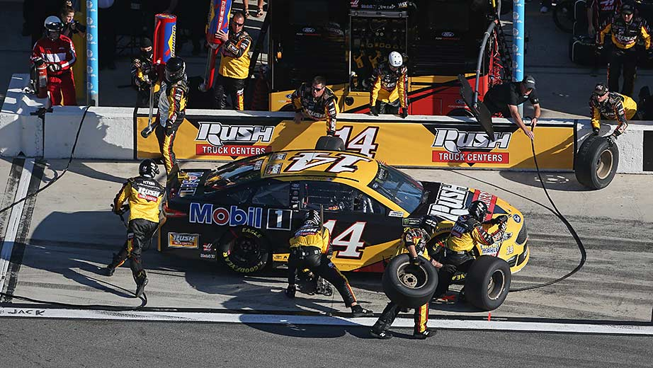 Watkins Glen Speedway >> Clint Bowyer: SHR pit crew moves timed for playoff push | NASCAR.com