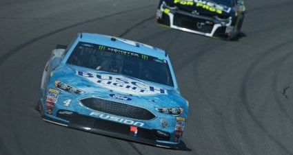 Kevin Harvick sweeps stages at Michigan as Truex runs dry in Stage 2