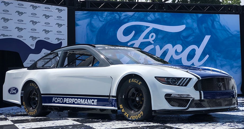 2019 Ford Mustang Makes Grand Entrance With Tony Stewart Nascar Com