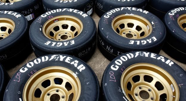 tire management expected to be key at darlington. Black Bedroom Furniture Sets. Home Design Ideas