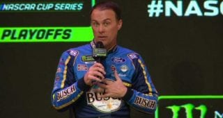 Harvick: Logano would have won '15 title if he hadn't wrecked Kenseth