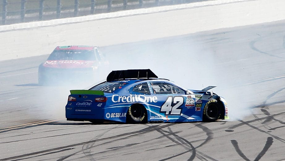 Kyle Larson overcomes balky car to finish 11th in 'Dega
