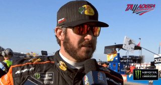 Truex on rear handling issue: 'That thing was evil to drive'