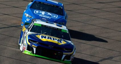 Chase Elliott, Kyle Busch win stages as playoff drama heats up in Phoenix