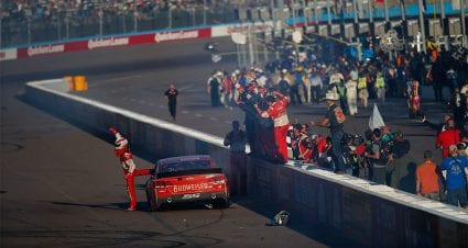 Lookback: Harvick shines in must-win race, Newman makes aggressive move