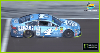 Flat tire for Harvick puts him in an early hole at ISM Raceway
