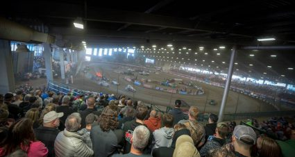 NASCAR stars ready for Chili Bowl Nationals; Bell aims for three-peat