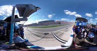 Watch green flag for 61st annual Daytona 500 from pit road
