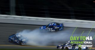 Late wreck collects Elliott, Bowman, Stenhouse