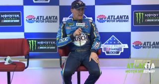 Harvick: Johnson one of 'most disrespected great drivers'