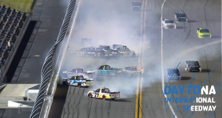 'Big One' unfolds early in Final Stage at Daytona