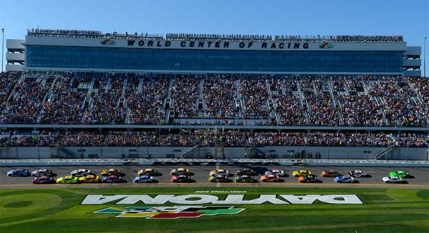 Daytona 500 racing