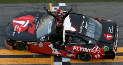 Michael Annett scores first Xfinity Series win at Daytona