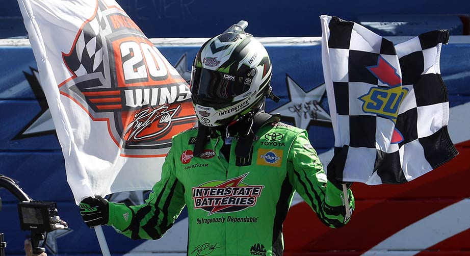 Kyle Busch lands 200th national-series win at Auto Club | NASCAR.com