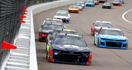 Alex Bowman's second-place streak continues at Kansas