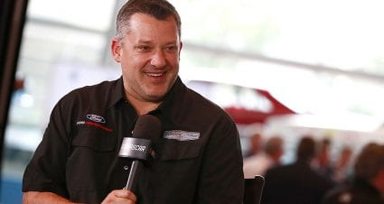 Tony Stewart to Bowyer: 'That kid has to take his helmet off if he's going to fight'