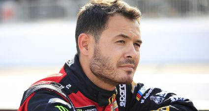 Kyle Larson faces difficult challenge after incident leads to backup car