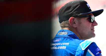 Clint Bowyer drives his No. 14 Ford Mustang to seventh-place finish at Bristol Motor Speedway