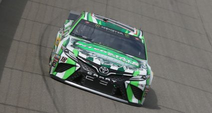 Kyle Busch, Martin Truex Jr. divide stage wins at Michigan