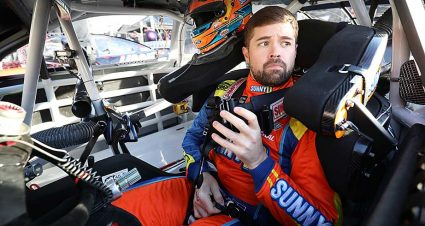 Weighing potential odds on 2020 pairings for Stenhouse, JTG Daugherty