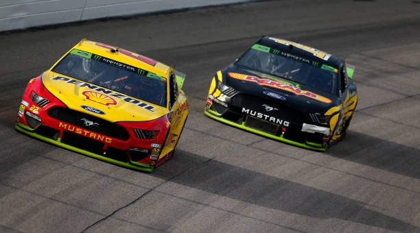 Clint Bowyer Drives No 14 Ford Mustang To Eighth Place Finish At Kansas Speedway.jpg