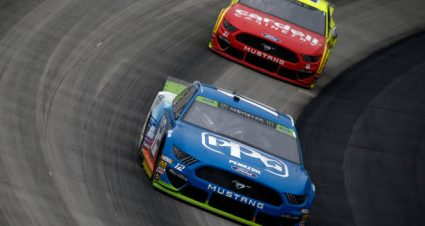 Paul Menard drives No. 21 Ford Mustang to 12th-place finish at Dover International Speedway