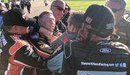 Alternate angle: Custer, Reddick fight on pit road after Kansas playoff race