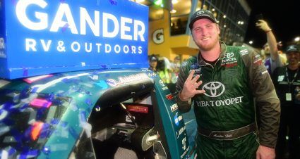 Hill wins Gander Trucks finale at Miami, Crafton wins third championship