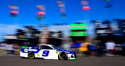 Four car chiefs ejected after pre-qualifying inspection trouble at Phoenix