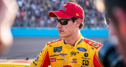 Joey Logano's title defense ends with Phoenix fade