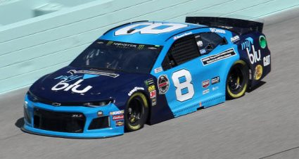 Daniel Hemric drives No. 8 Chevrolet Camaro to 12th-place finish at Homestead-Miami Speedway