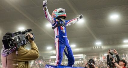 2020 Chili Bowl results: Kyle Larson wins, halts Christopher Bell's streak