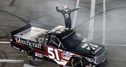 Kyle Busch dominates Las Vegas to win Gander Trucks race