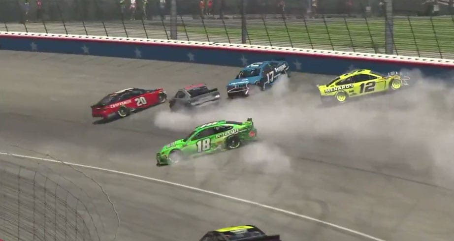 Busch, Blaney cause the 'Big One' at Texas