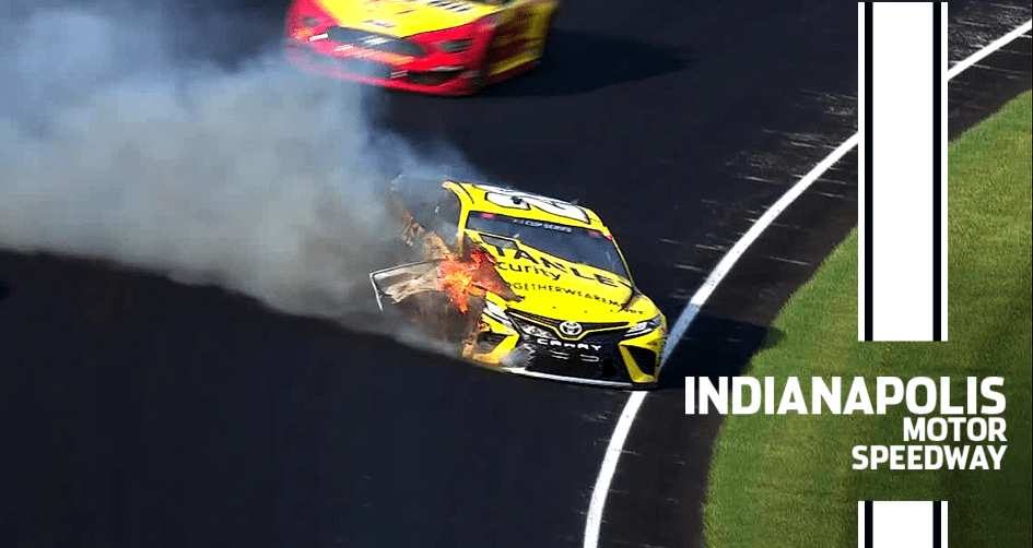 Erik Jones destroys car after hard contact with the wall