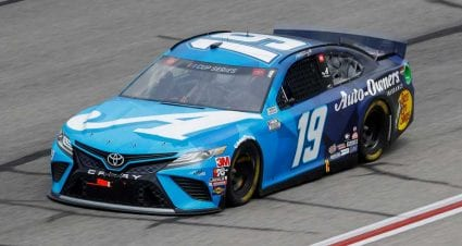 Two cars fail pre-race inspection at Kentucky Speedway
