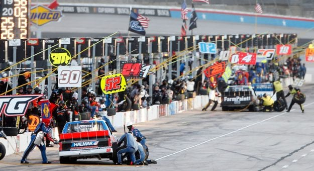 NASCAR modifies pit-stop procedure for stand-alone Gander Trucks race